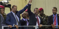 Le président érythréen Issayas Afeworki (à gauche) et le Premier ministre éthiopien Abiy Ahmed, à Addis-Abeba le 15 juillet 2018.