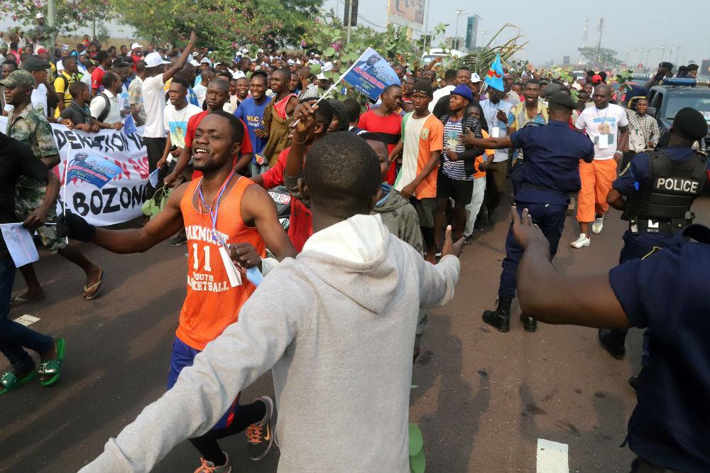 Plusieurs milliers de personnes ont accueilli Jean-Pierre Bemba à son arrivée à l'aéroport de N'Djili, ce 1er août 2018.