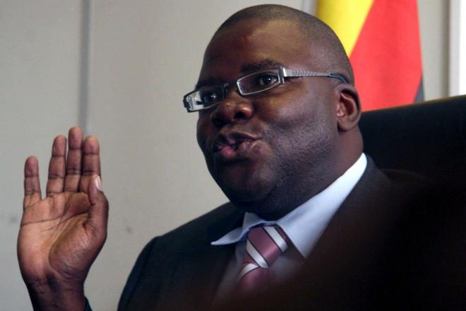Zimbabwe : l'opposant Tendai Biti libéré sous caution après l'échec de sa demande d'asile en Zambie