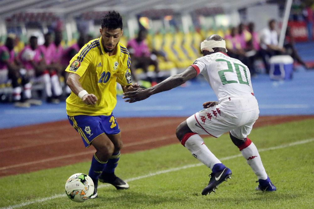 Le Gabonais Denis Bouanga, lors d'un match contre le Burkina, pendant la CAN 2017.
