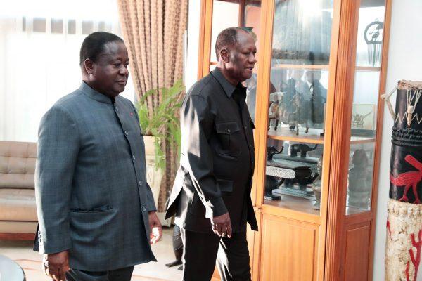 Le 8 août, Henri Konan Bédié a rendu visite à Alassane Ouattara dans sa résidence du quartier de la Riviera.
