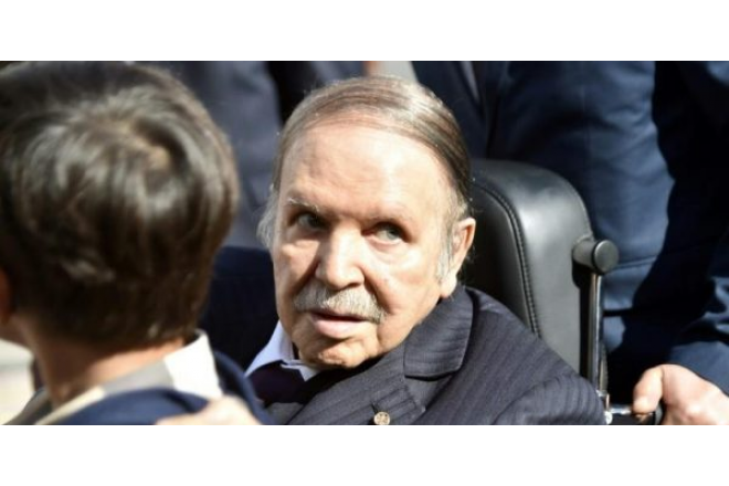 Algérie : Abdelaziz Bouteflika confirme qu'il entend rester président après l'expiration de son mandat