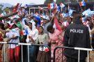 Des partisans du Front patriotique rwandais (FPR), lors d'un rassemblement lors d'une campagne électorale à Busogo,en juillet 2017.