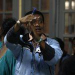 Un agent de la Commission électorale, dans un bureau de vote d'Antananarivo, lors de la présidentielle de 2013 à Madagascar.
