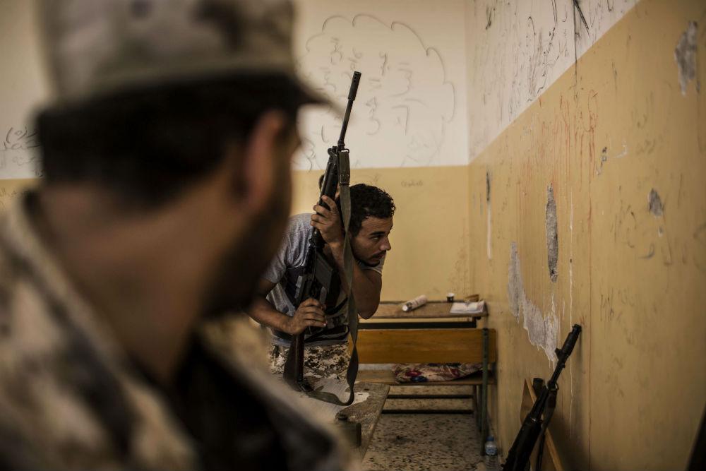 Des combattants des Forces libyennes fidèles au gouvernement de Tripoli, en septembre 2016 (archives).