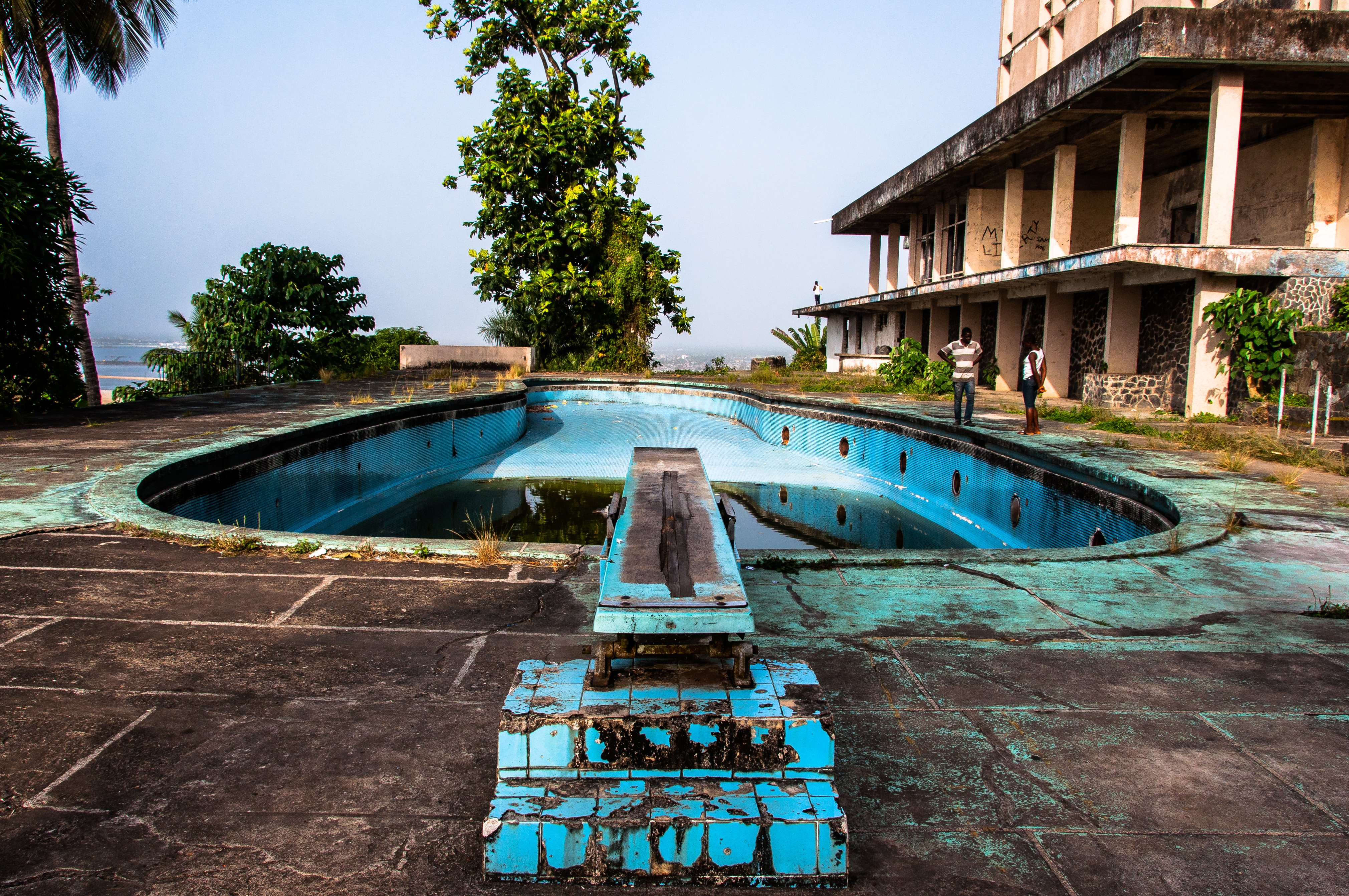 La piscine de l'hôtel Ducor au Liberia.