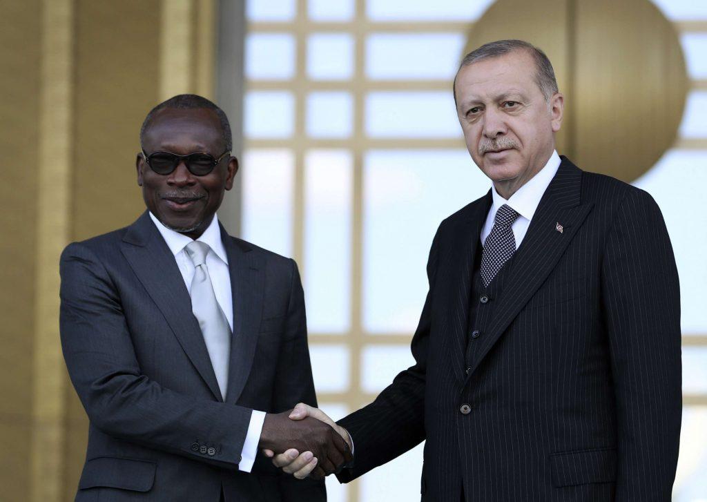 Le président turc Recep Tayyip Erdogan, à droite, avec le président du Bénin Patrice Talon, avant leur réunion au palais présidentiel à Ankara, en Turquie, le 6 septembre 2018.