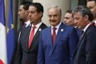 Le maréchal Haftar, au centre, le 29 mai 2018 lors de la rencontre organisée à l'Élysée avec les parties à la crise en Libye.