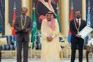 Le roi Salman d'Arabie saoudite (centre) avec le président érythréen Issayas Afeworki (gauche) et le Premier ministre éthiopien Abiy Ahmed, le 16 septembre 2018 à Jeddah.