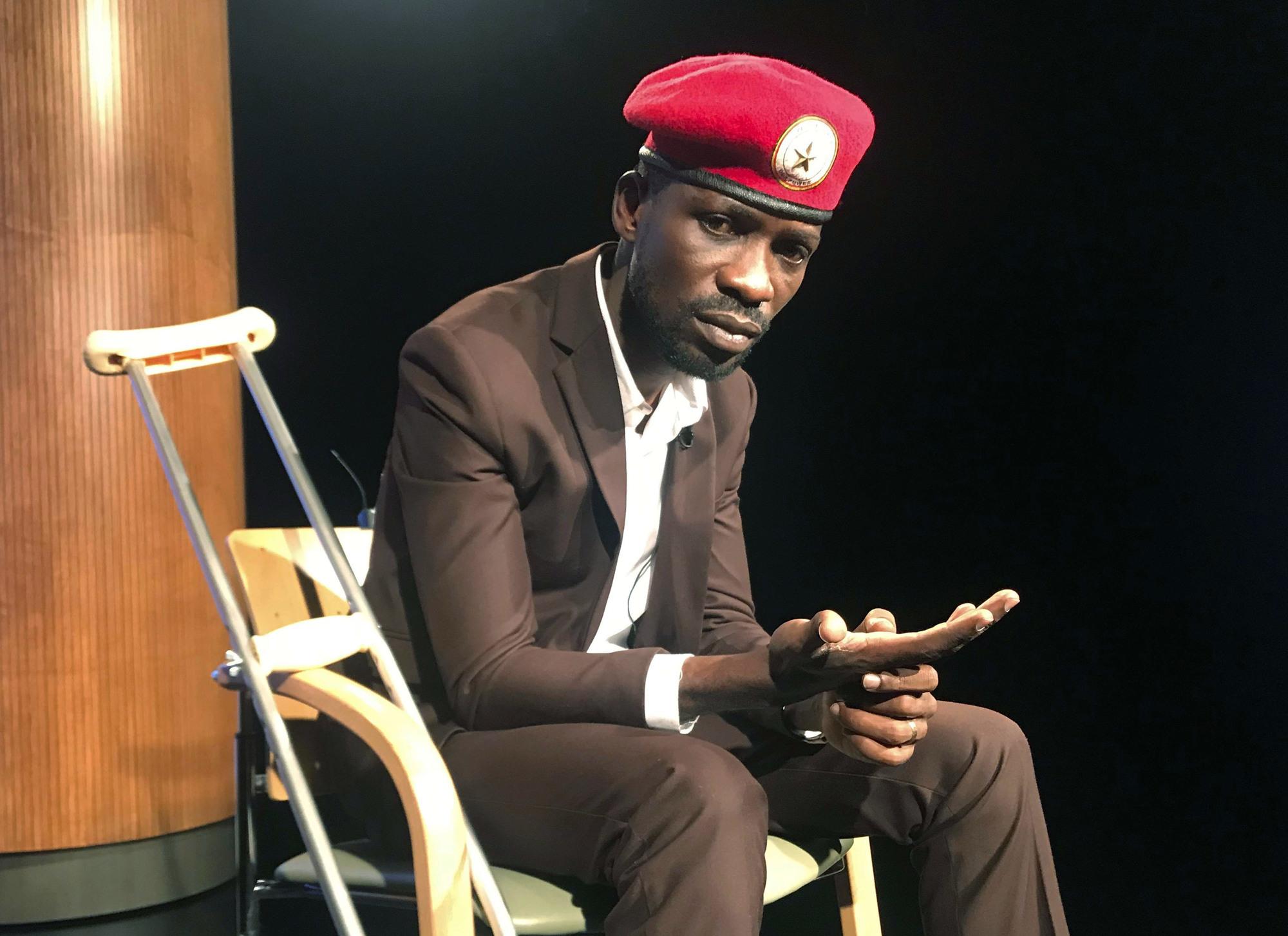Le chanteur et député ougandais Robert Kyagulanyi, plus connu sous le nom de Bobi Wine.