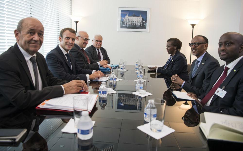 Lors de la rencontre entre Paul Kagame, président du Rwanda, et son homologue français Emmanuel Macron, en marge de l'Assemblée générale des nations unies, le 25 septembre à New York.