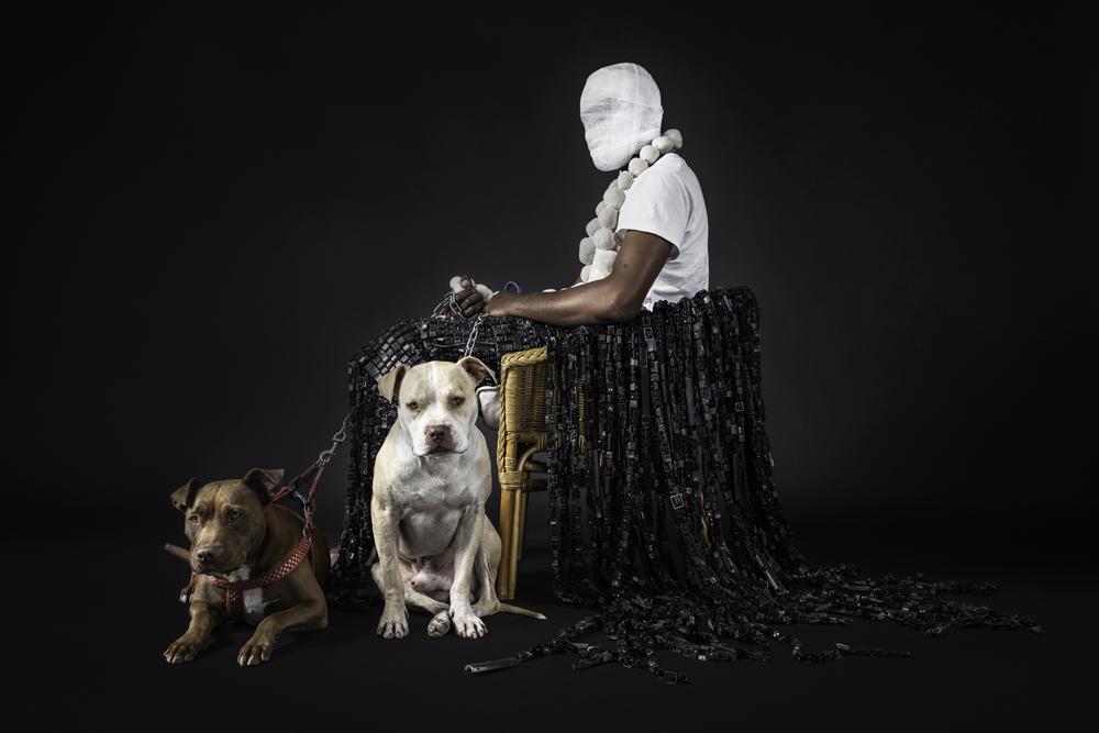 « Mask of Heterotopia 3 », de l'artiste congolais Maurice Mbikayi (2018).