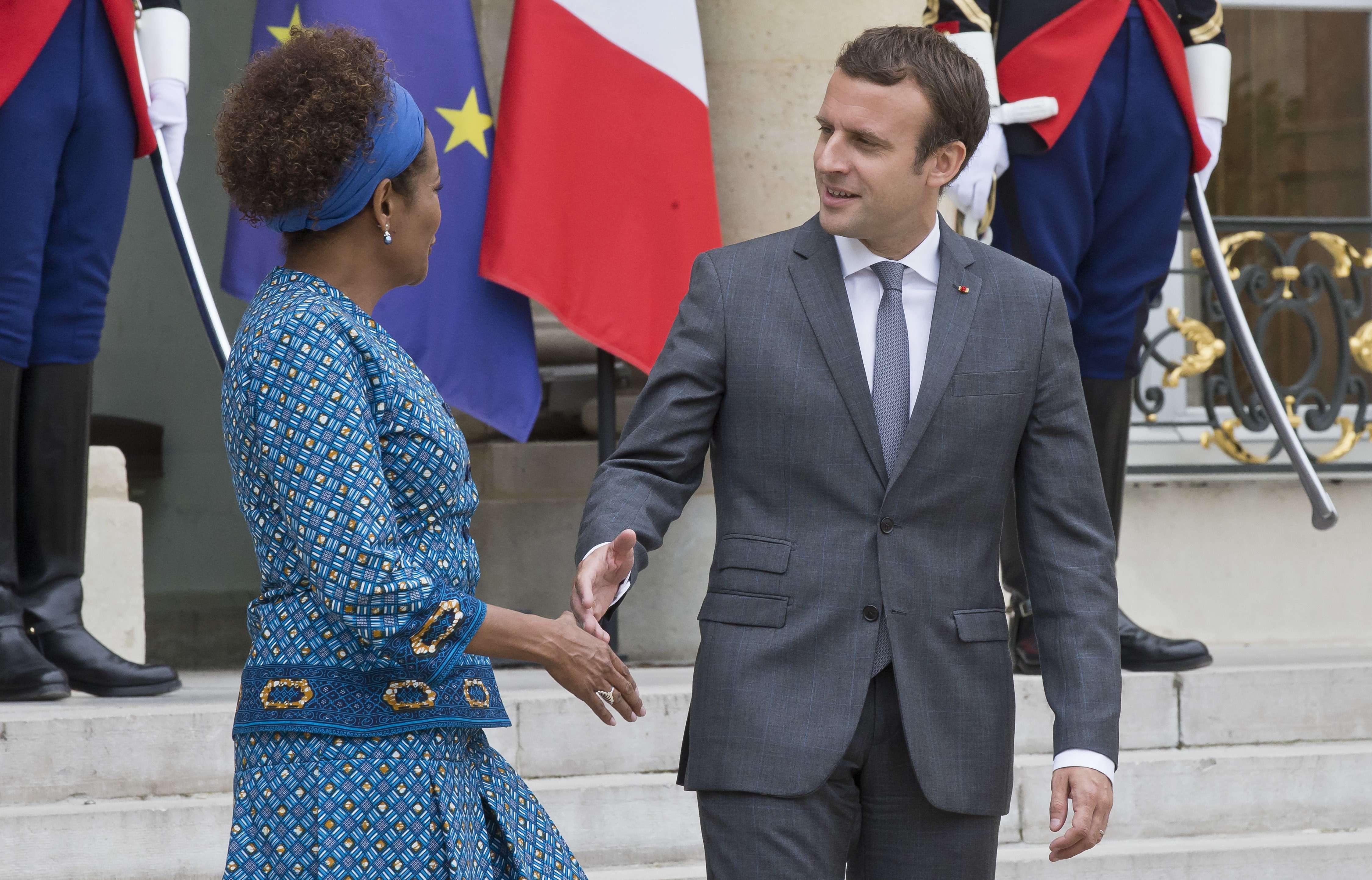 Emmanuel Macron et Michaelle Jean, le 31 juillet 2017 à l'Élysée.