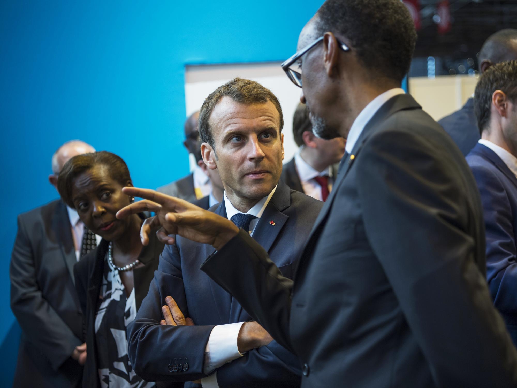 Emmanuel Macron et Paul Kagame au salon Viva Tech, à Paris, le 24mai 2018.