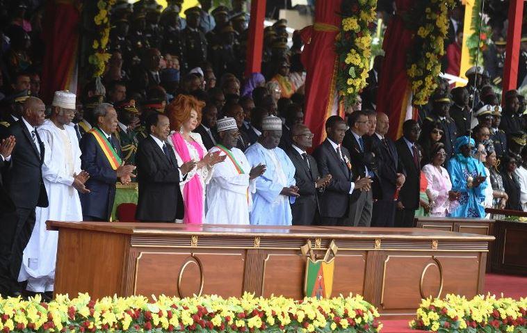 Paul Biya et plusieurs membres de son gouvernement, lors de la fête nationale, le 20 mai 2018.