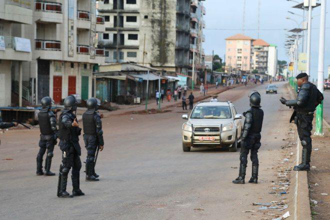 """Guinée : une nouvelle journée """" ville morte """" de l'opposition paralyse Conakry"""