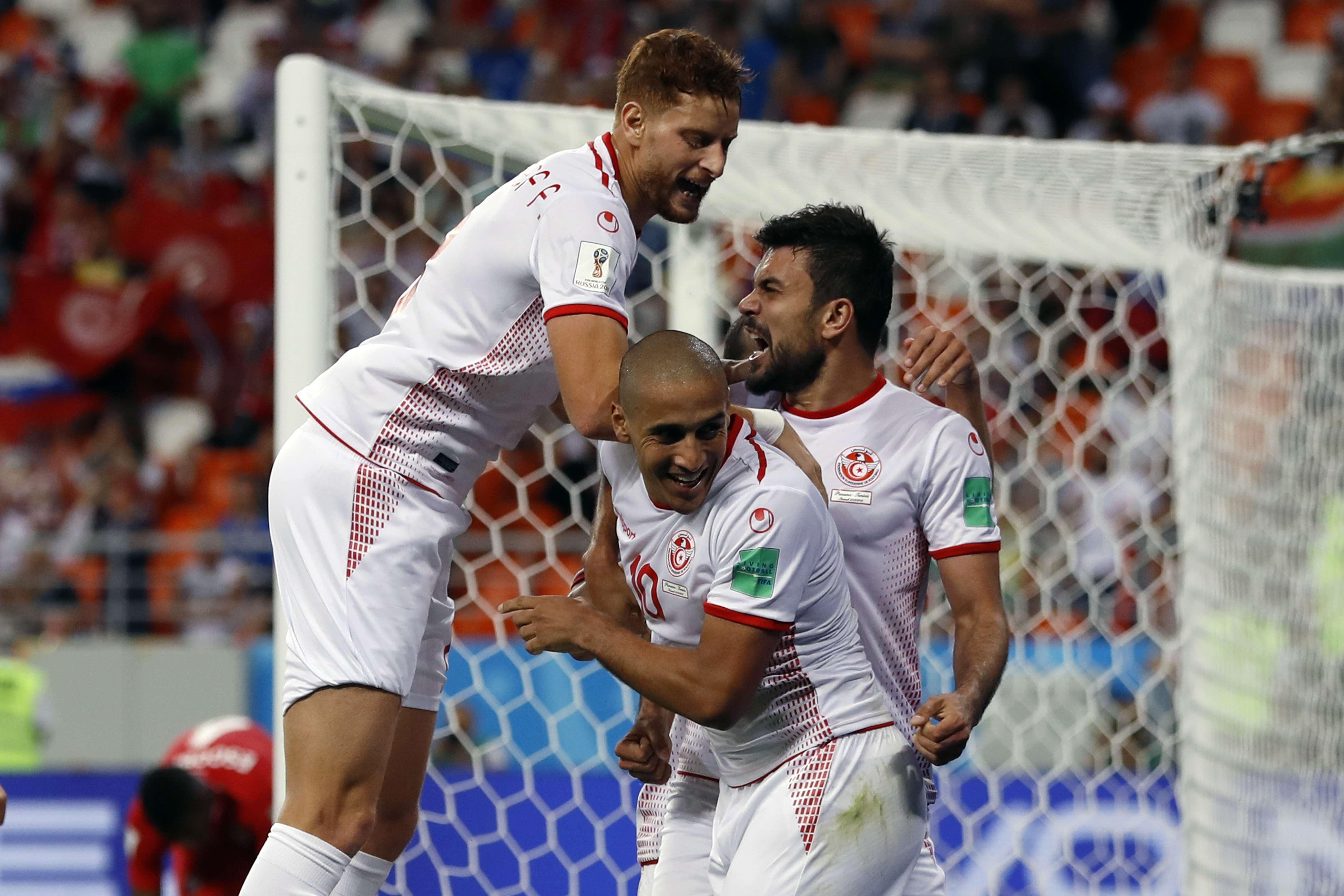 Le Tunisien Wahbi Khazri, au centre, avec son équipe lors du match contre le Panama, lors de la Coupe du monde de football 2018 (photo d'illustration).