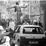 Une image extraite d'un documentaire sur les événements d'octobre 1988 à Alger.