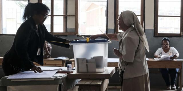 Présidentielle à Madagascar : débat télévisé musclé entre les deux prétendants