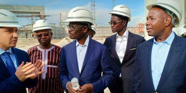 Le Président de la BOAD visite l'Usine CIMIVOIRE, en Côte d'ivoireEn marge du Conseil d'Administration de la BOAD tenu le 19 septembre dernier, le Président de la BOAD, Monsieur Christian ADOVELANDE a visité, en compagnie de plusieurs Directeurs et Administrateurs de la BOAD, l'Usine de fabrication de ciment Cimivoire dont le prêt a été approuvé au cours de la 108 ème réunion de son Conseil, en  Mars 2018, à Dakar. A travers cette visite, il  s'agit de voir sur le terrain, la réalité des financements de projets approuvés par les administrateurs au cours des différents Conseils d'administration.Pour cette visite en particulier, le projet est relatif au financement partiel pour un montant de 25 Milliards de FCFA du projet d'implantation d'une unité de production de ciment par la société CIMENTS DE CÔTE D'IVOIRE (CIMIVOIRE) à Abidjan en Côte d'Ivoire. Le projet a pour objet, l'implantation d'une unité de broyage de clinker d'une capacité installée de trois millions (3 000 000) de tonnes de ciment par an dans la zone portuaire d'Abidjan.La réalisation de cet ouvrage contribuera à : (i) la création de richesses et (ii) la production et la commercialisation de ciment à des prix compétitifs.© BOAD