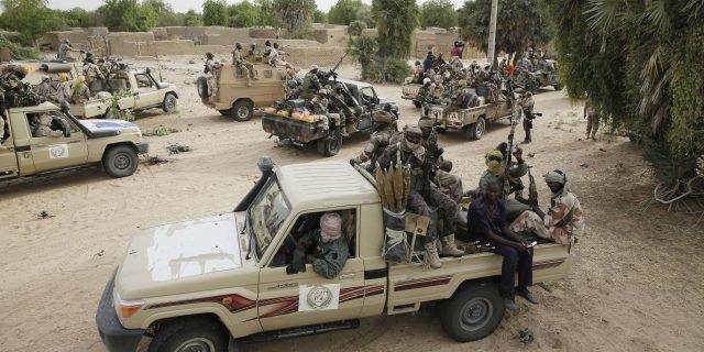 """Fermeture de la frontière Tchad-Libye : """" Une révolution ne se fait pas à des centaines de kilomètres de N'Djamena """""""