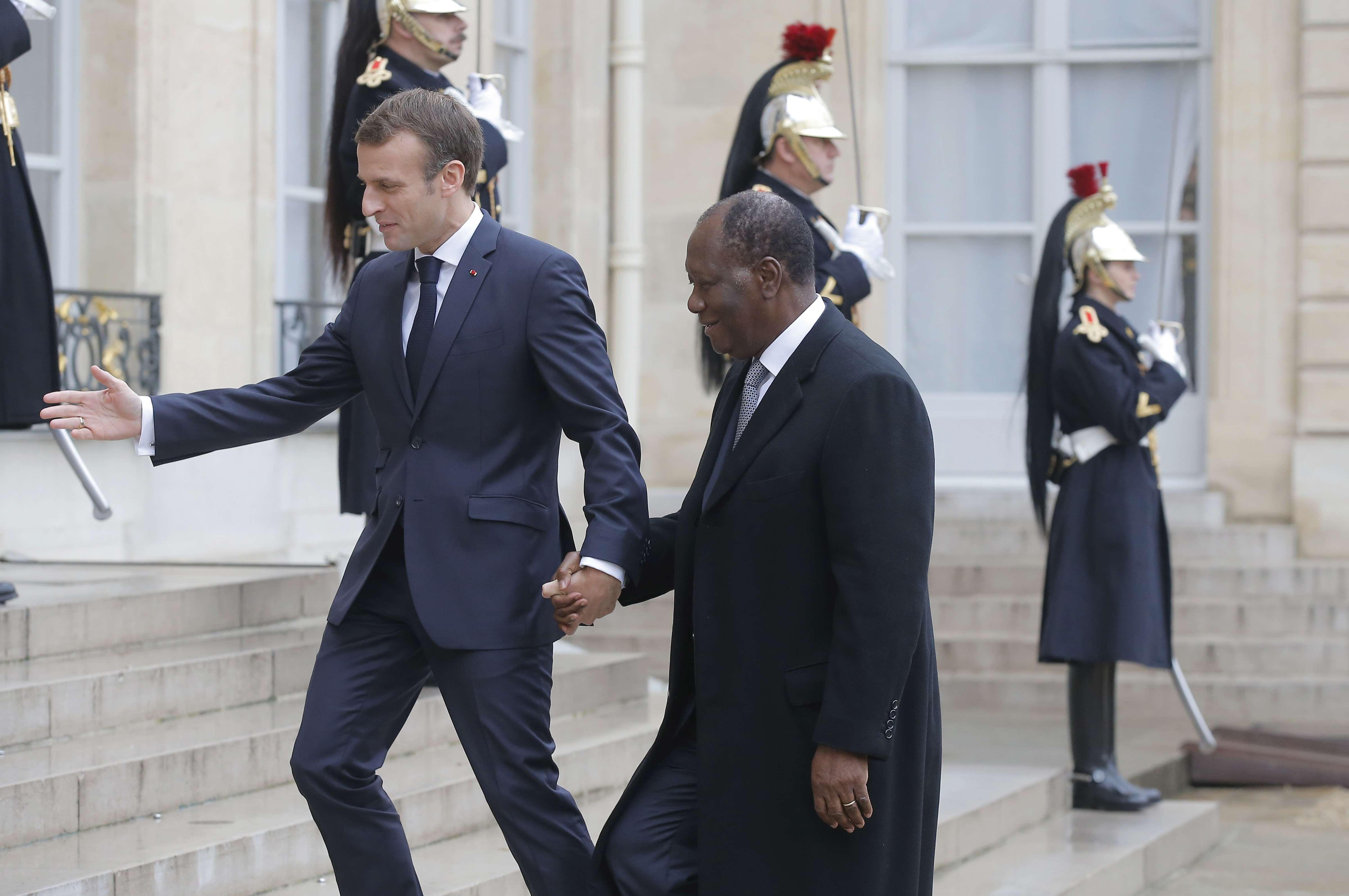 Emmanuel Macron et Alassane Ouattara à l'Élysée le 12 novembre 2018.