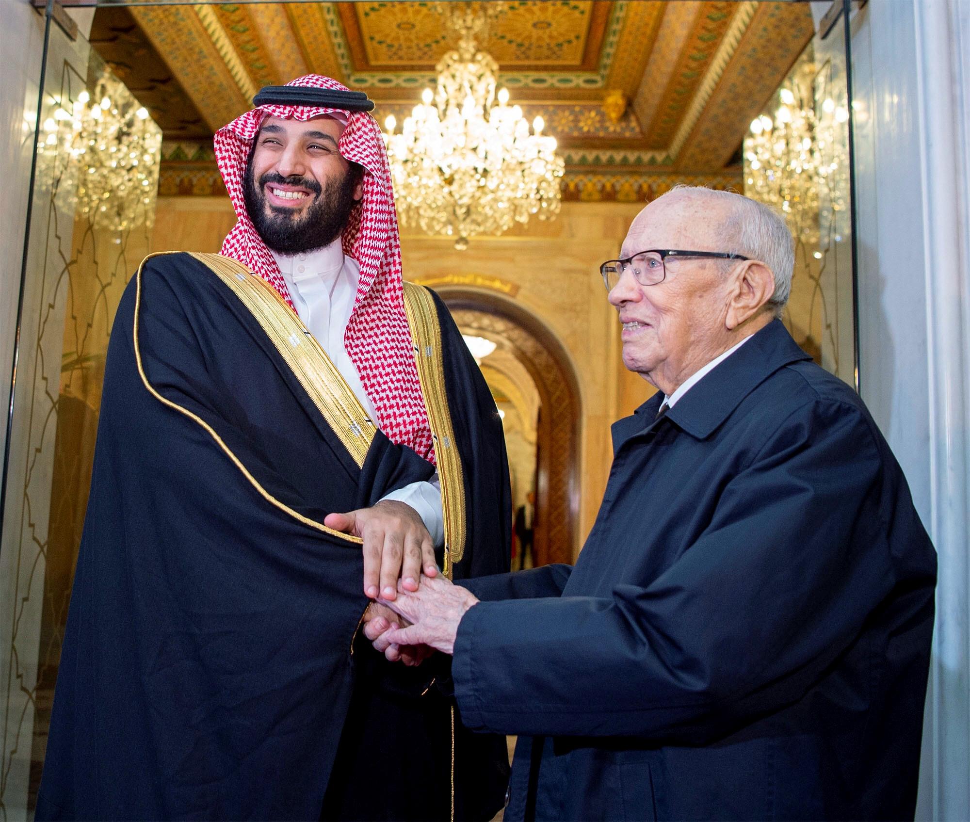 Mohamed Ben Salman avec le président tunisien, Béji Caïd Essebsi, le 27novembre 2018, à Tunis.