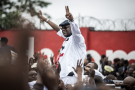 Félix Tshisekedi accueilli par des milliers de partisans à son arrivée à Kinshasa,le 27novembre.