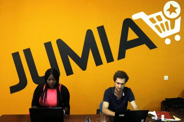 Fatoumata Ba, fondatrice de Jumia Côte d'Ivoire et Francis Disay, actuel directeur général de la filiale, à Abidjan, en 2014.