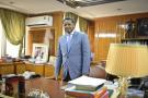 Daniel Ona Ondo (Gabon), Premier Ministre. Dans son bureau, à Libreville, le 28.01.2016.© Xavier Bourgois pour JA.