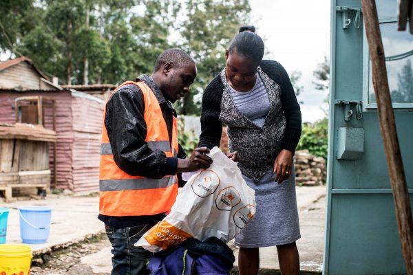 Environ 80% des livraisons de la plateforme sont réalisées par des sociétés indépendantes, souvent créées par d'anciens salariés. Ici, à Nairobi, en mai2018.
