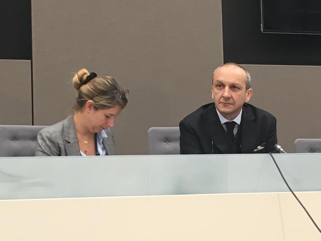 Me  Emmanuel Altit, à gauche, Me Jenifer Naouri, avocats de Laurent Gbagbo, à la CPI le 15 janvier 2019.