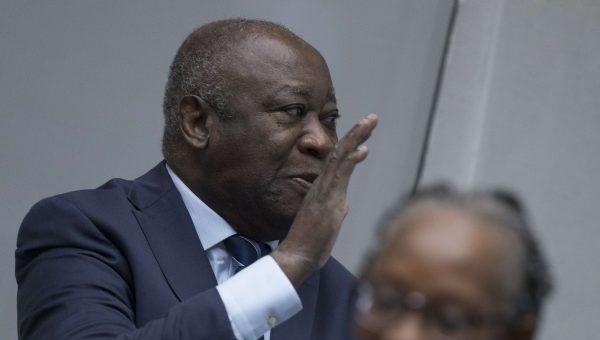 Laurent Gbagbo à son arrivée dans la salle d'audience de la CPI, le 15 janvier 2019.