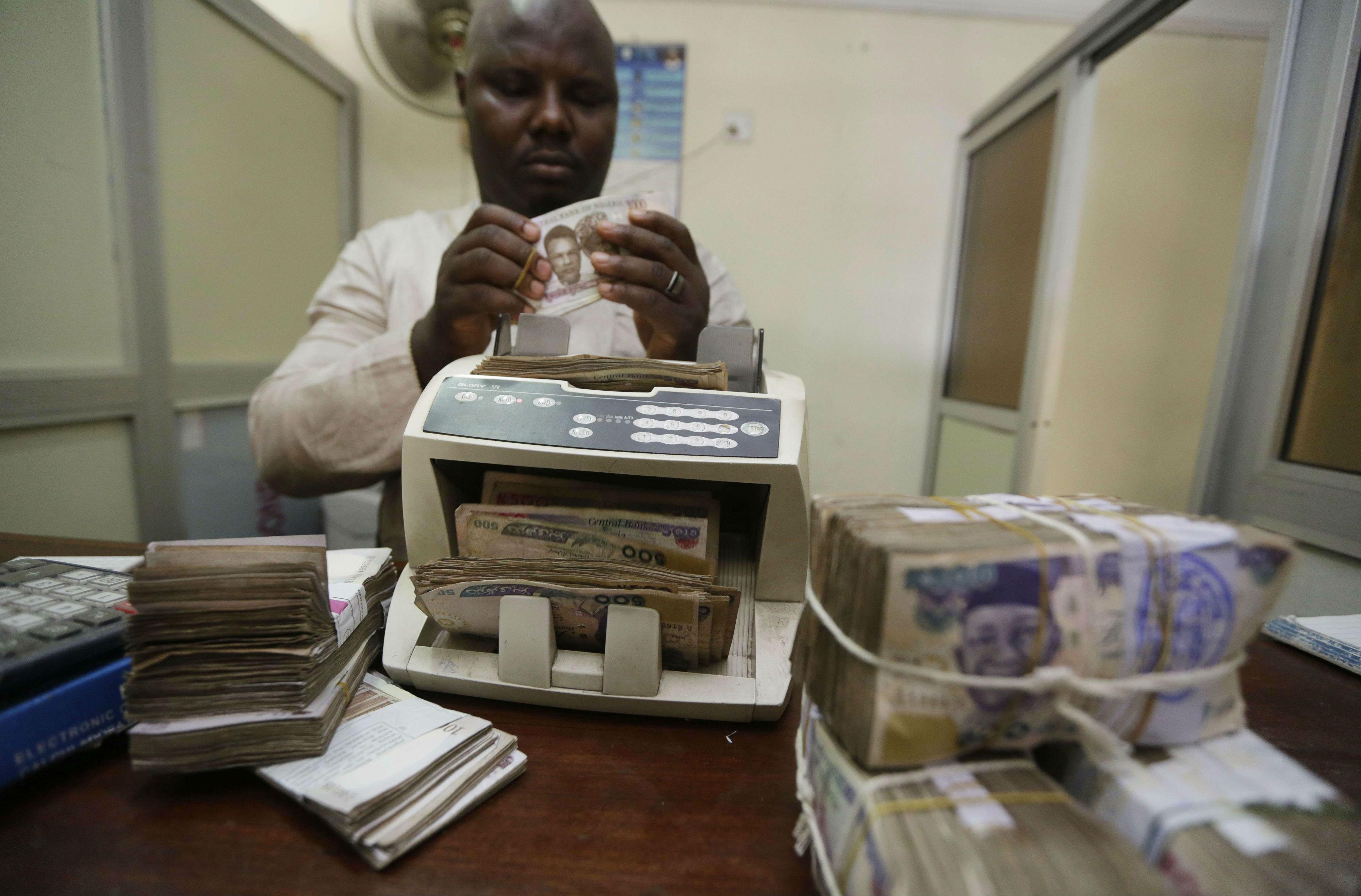 Dans un bureau de change de Lagos, au Nigeria, en 2015 (archives).