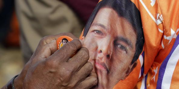 Tilhengere av Andry Rajoelina under presidentvalget.