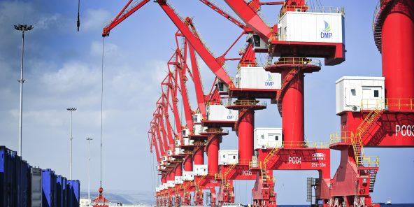 Le port polyvalent de Doraleh, à Djibouti, peut accueillir des bateaux de plus de 15000 conteneurs et traiter jusqu'à 9millions de tonnes de marchandises par an.