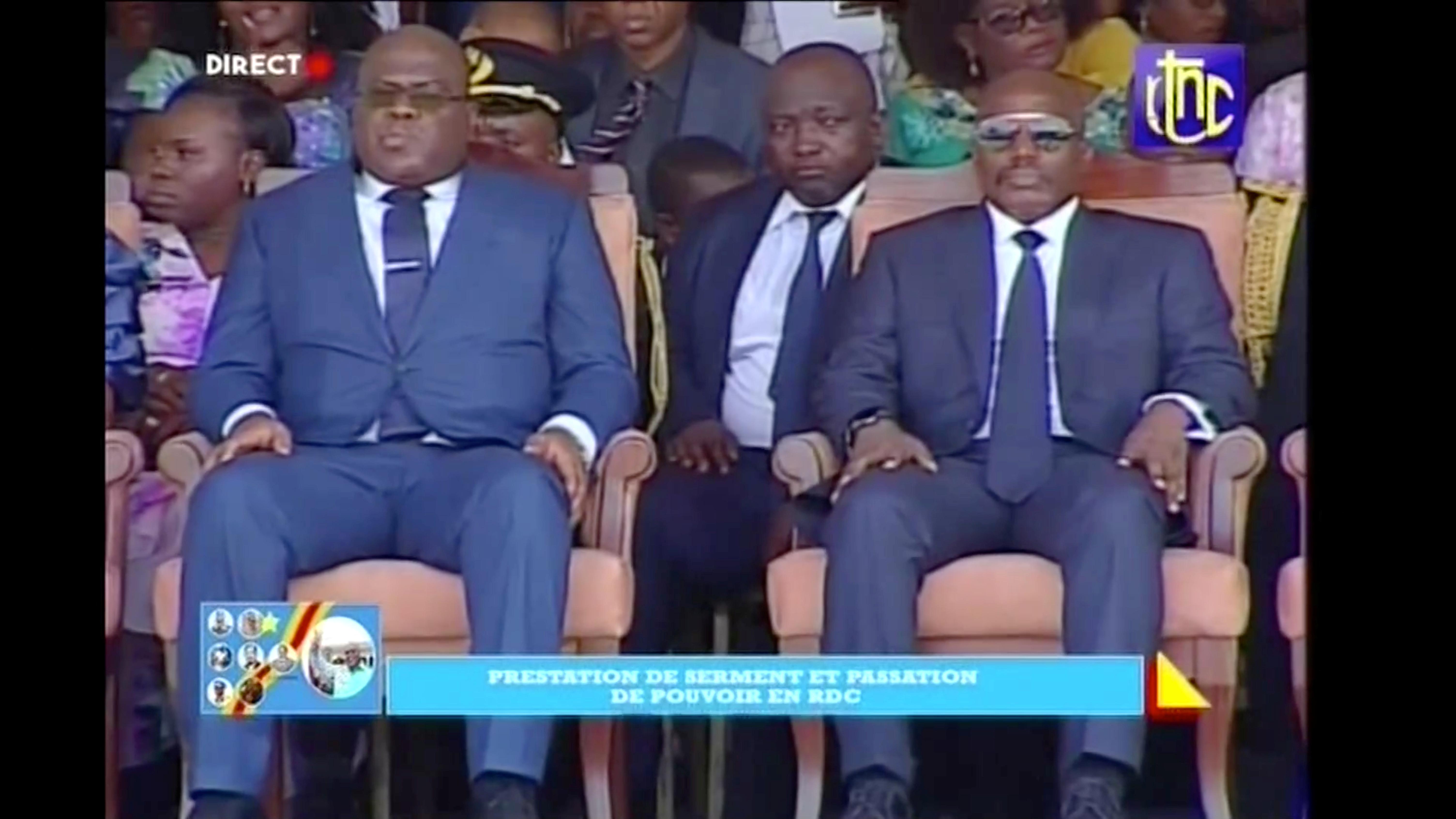 Félix Tshisekedi (à g.) avec le président sortant Joseph Kabila, lors de l'investiture à Kinshasa le 24 janvier.