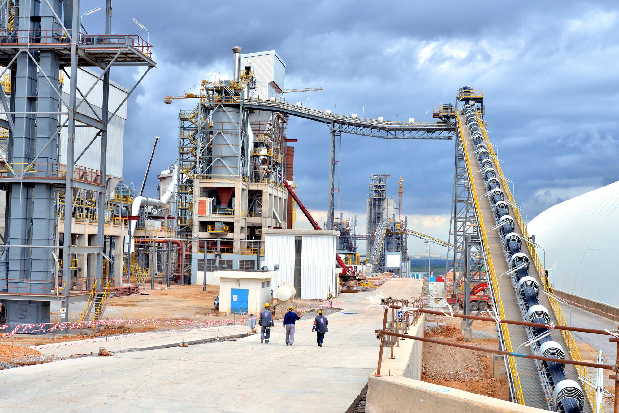 Selon le PDG, 40% du temps du holding est consacré à Carthage Cement. Ici, son usine de Djebel Ressas, près de la ville de Mornag, au sud-est de Tunis.