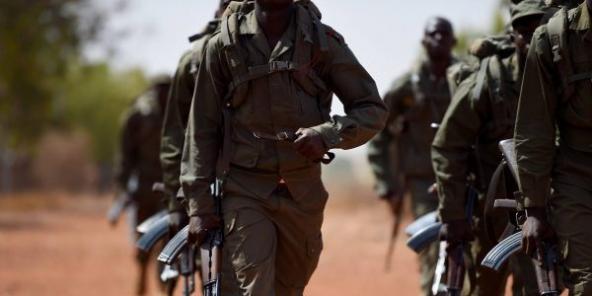 Des soldats burkinabè, lors d'un exercice (Illustration).