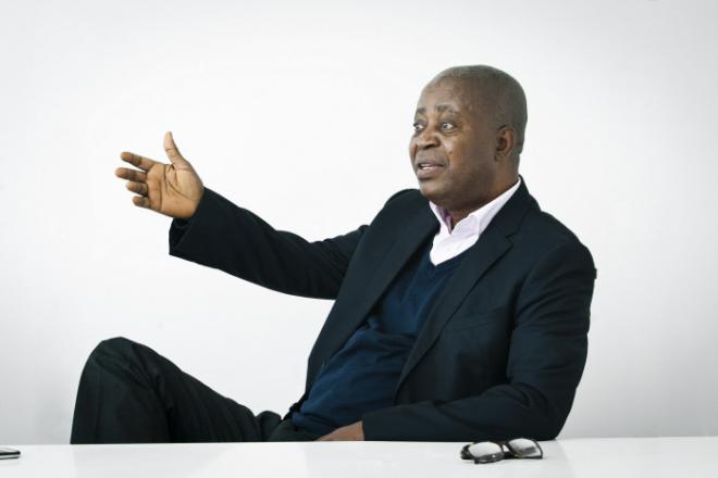 """RDC : Adolphe Muzito appelle à """"faire la guerre au Rwanda"""" et divise de nouveau Lamuka"""