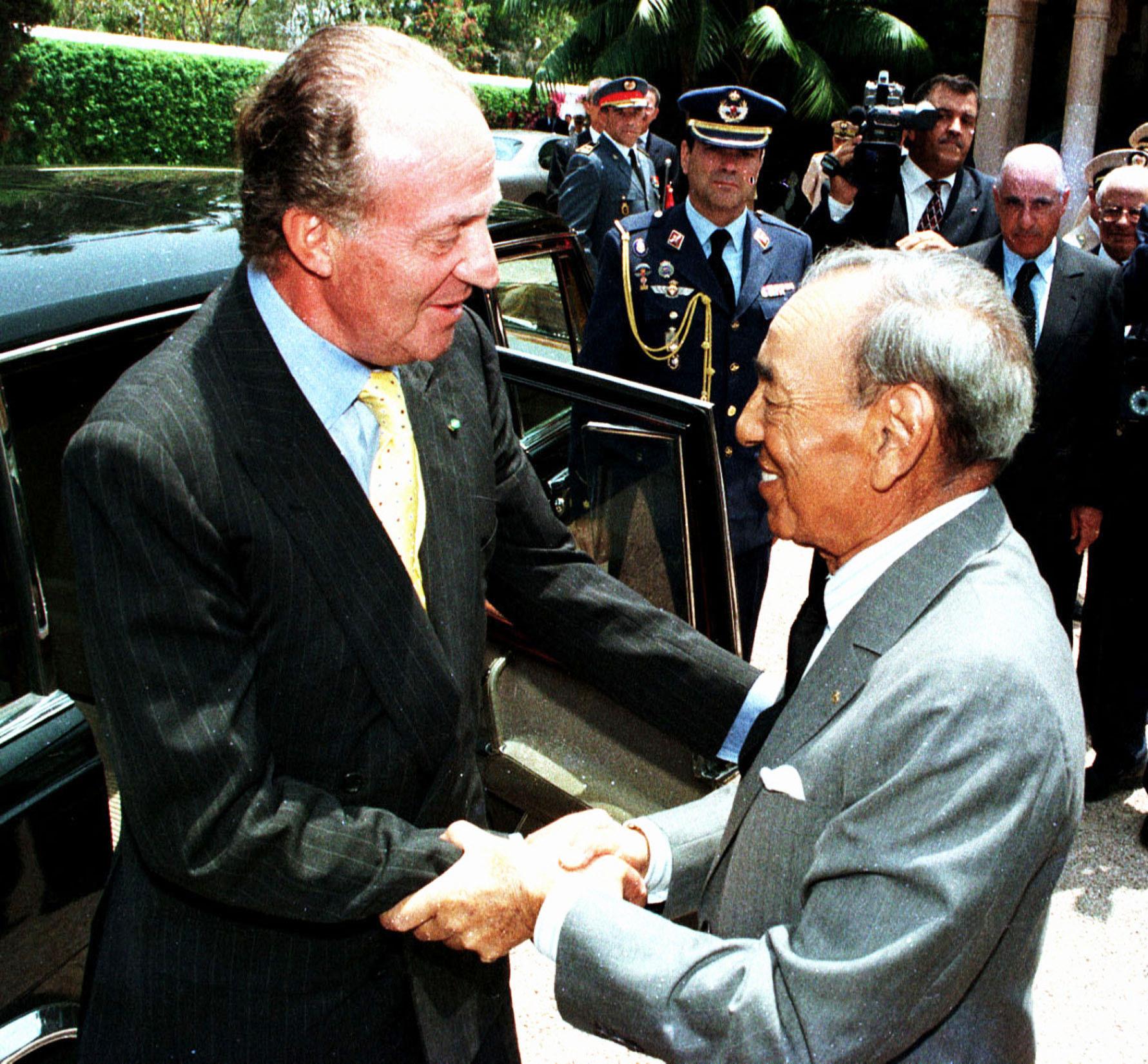 Hassan II accueillant Juan Carlos à Rabat, le 10 juillet 1999.