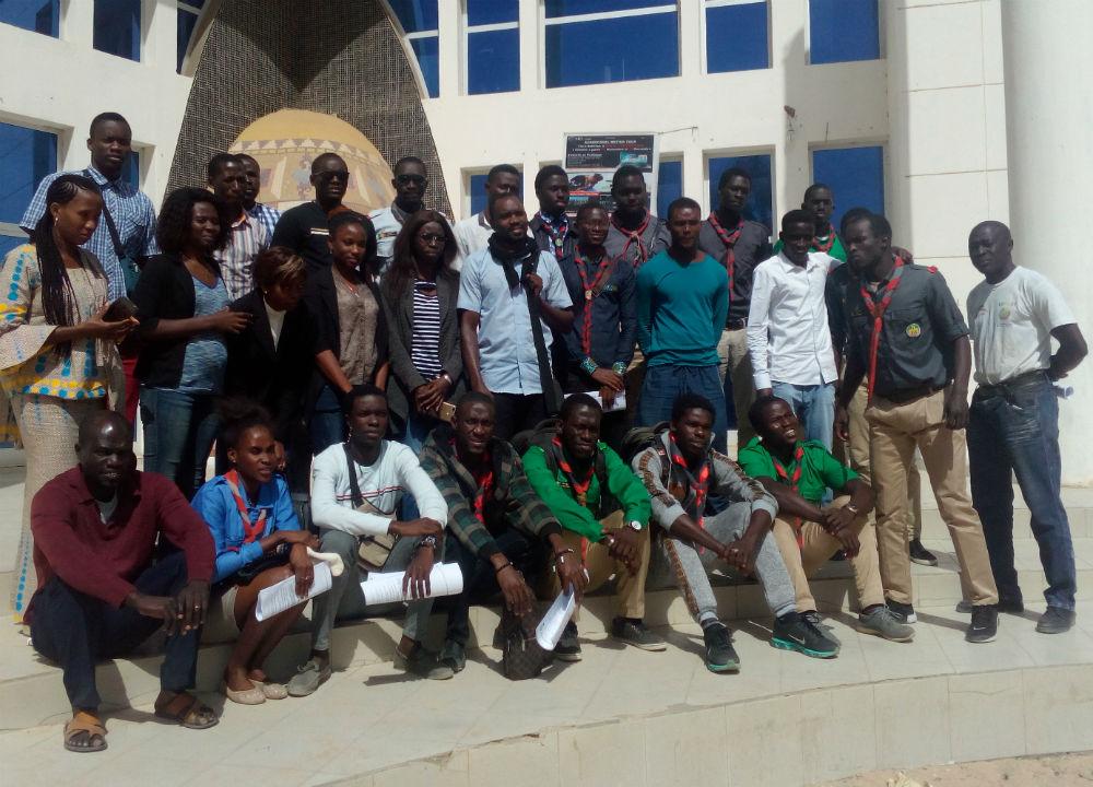 Les scouts sénégalais, en formation pour devenir observateur lors du scrutin présidentiel de février 2019.