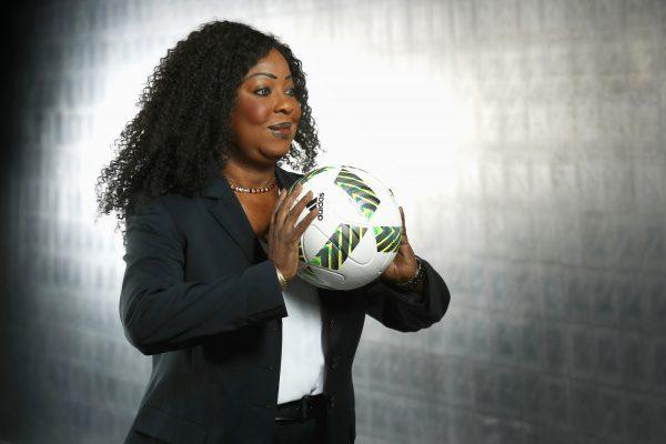 Fatma Samoura à Zurich, au siège de la Fifa, le 14octobre 2016.
