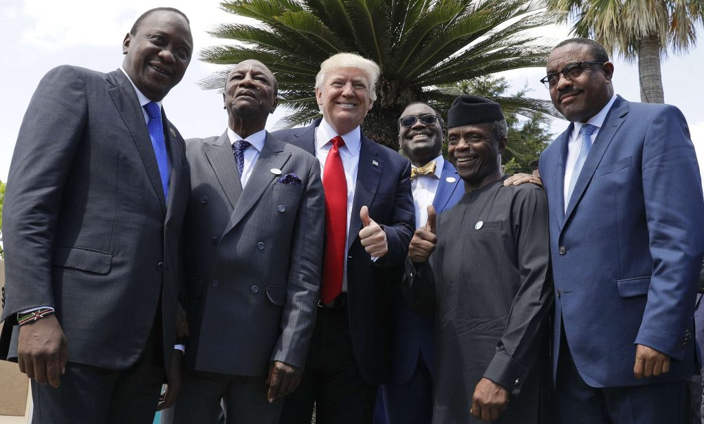 Yemi Osinbajo (2d en partant de la gauche), avec Uhuru Kenyatta, Alpha Conde, Akinwumi Adesina, Hailemariam Desalegn et Donald Trump, en mai 2017 en Italie.