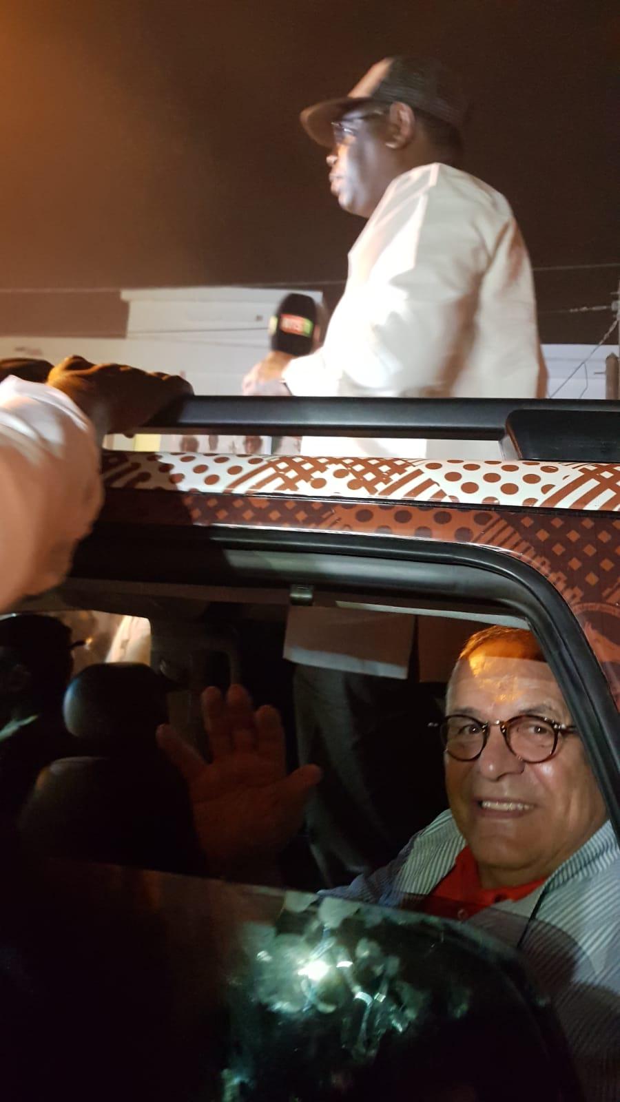Robert Bourgi dans le véhicule de Macky Sall.