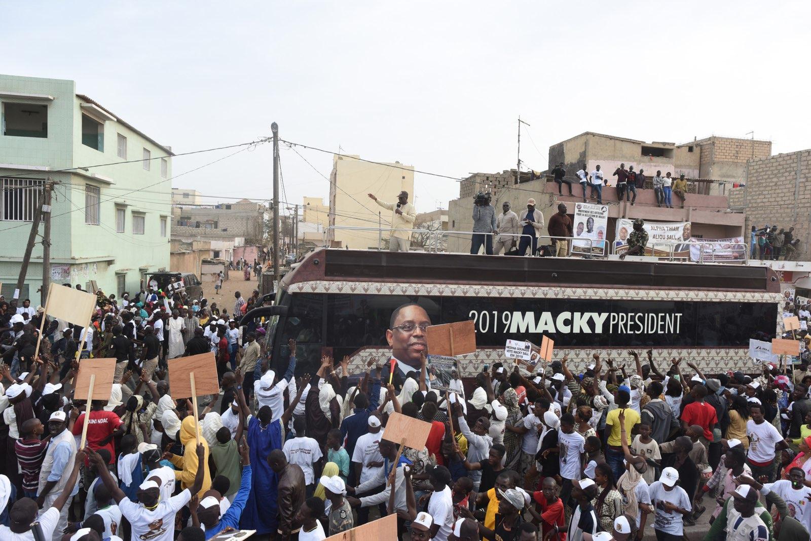 Des partisans de Macky Sall, pendant la campagne pour la présidentielle 2019.