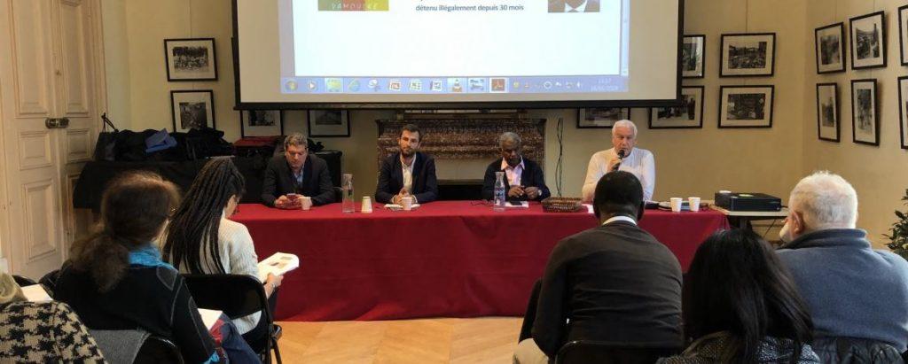 Lors de la conférence de presse de Reporter sans frontières annonçant la saisine du Groupe de travail sur la détention arbitraire de l'ONU sur le cas du journaliste camerounais Amadou Vamoulké.