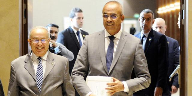 Algérie : « Le pouvoir cherche à diviser le mouvement pour s'imposer comme seul recours