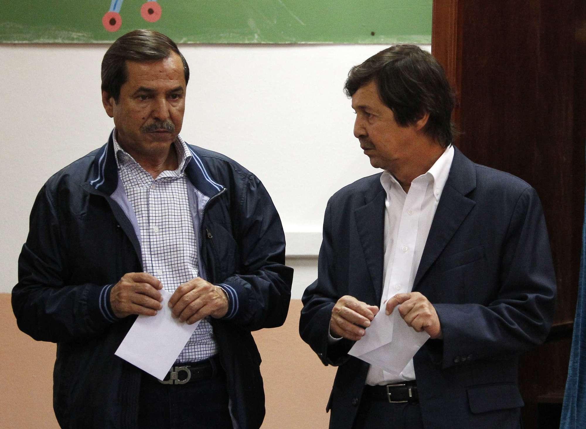 Saïd (à dr.) et Nasser Bouteflika, les deux frères du président, en mai 2017.