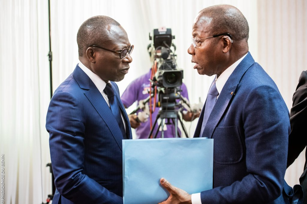 Le président béninois Patrice Talon et le président de l'Assemblée nationale (à droite) Adrien Houngbédji, le 6mars.